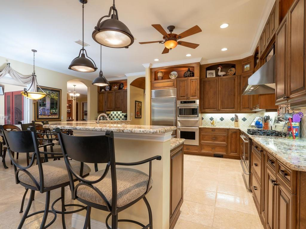 Sub Zero Fridge, Thermador, and Kenmore Elite appliances - Single Family Home for sale at 158 Puesta Del Sol, Osprey, FL 34229 - MLS Number is A4439362