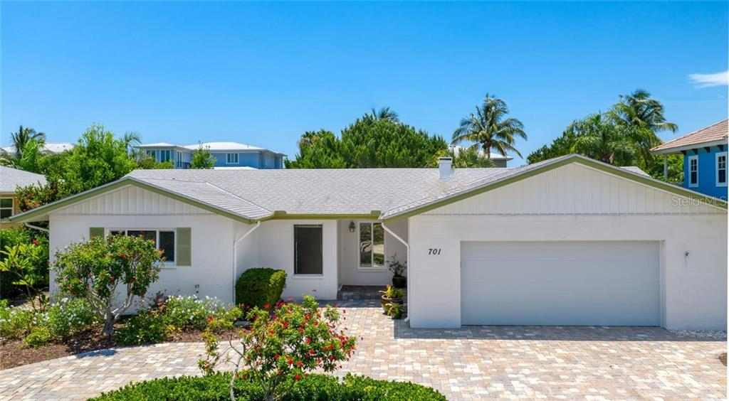 Lovingly maintained and ready for you to move in and start enjoying! - Single Family Home for sale at 701 Norton St, Longboat Key, FL 34228 - MLS Number is A4440596