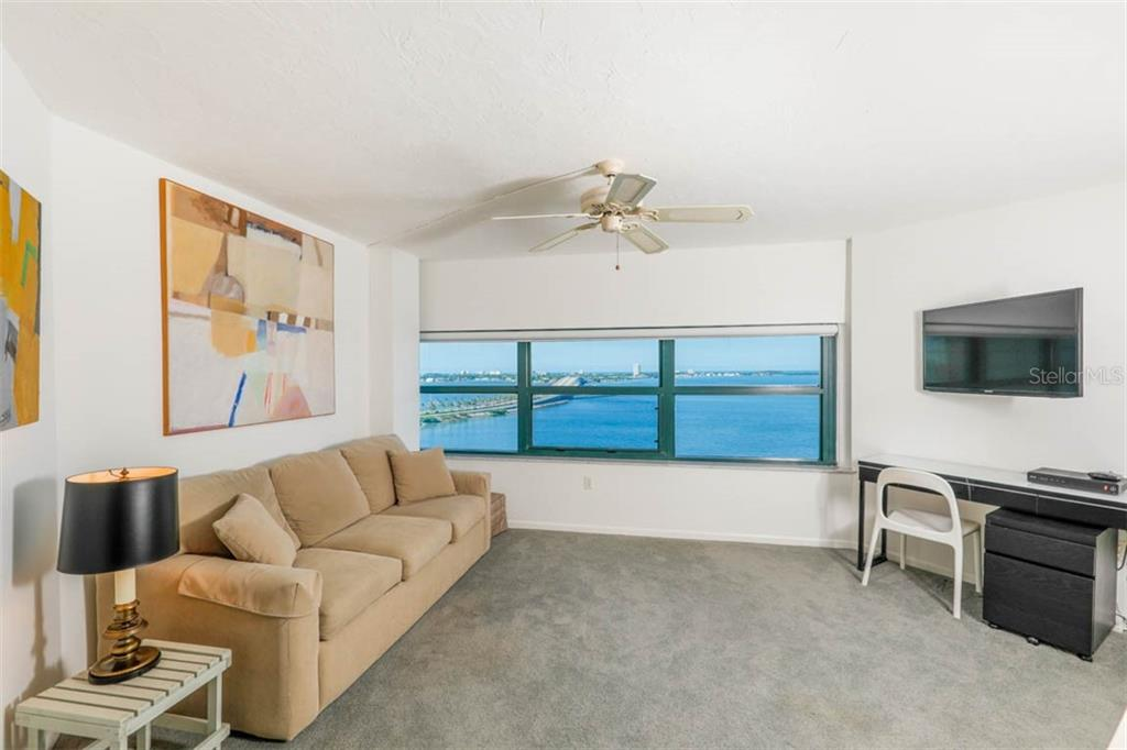 Bedroom 2 - Condo for sale at 888 Blvd Of The Arts #1505, Sarasota, FL 34236 - MLS Number is A4442061