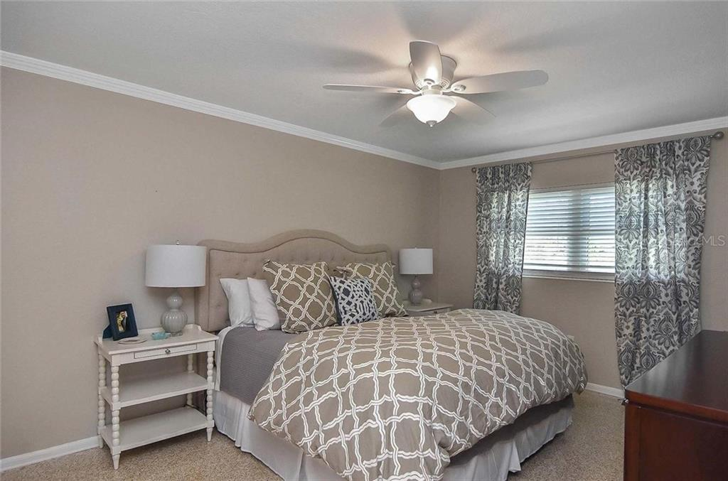 Master bedroom - Single Family Home for sale at 105 Alba St E, Venice, FL 34285 - MLS Number is A4446473