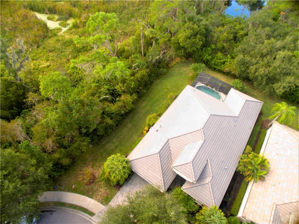 CDD - Single Family Home for sale at 7288 Lismore Ct, Lakewood Ranch, FL 34202 - MLS Number is A4449934