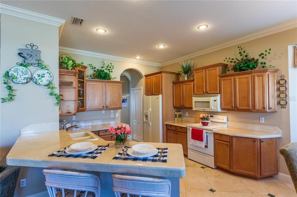 Kitchen - Single Family Home for sale at 532 Colgate Rd, Venice, FL 34293 - MLS Number is A4451619
