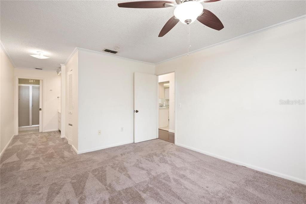Master Bedroom - Condo for sale at 2731 Orchid Oaks Dr #301, Sarasota, FL 34239 - MLS Number is A4452031