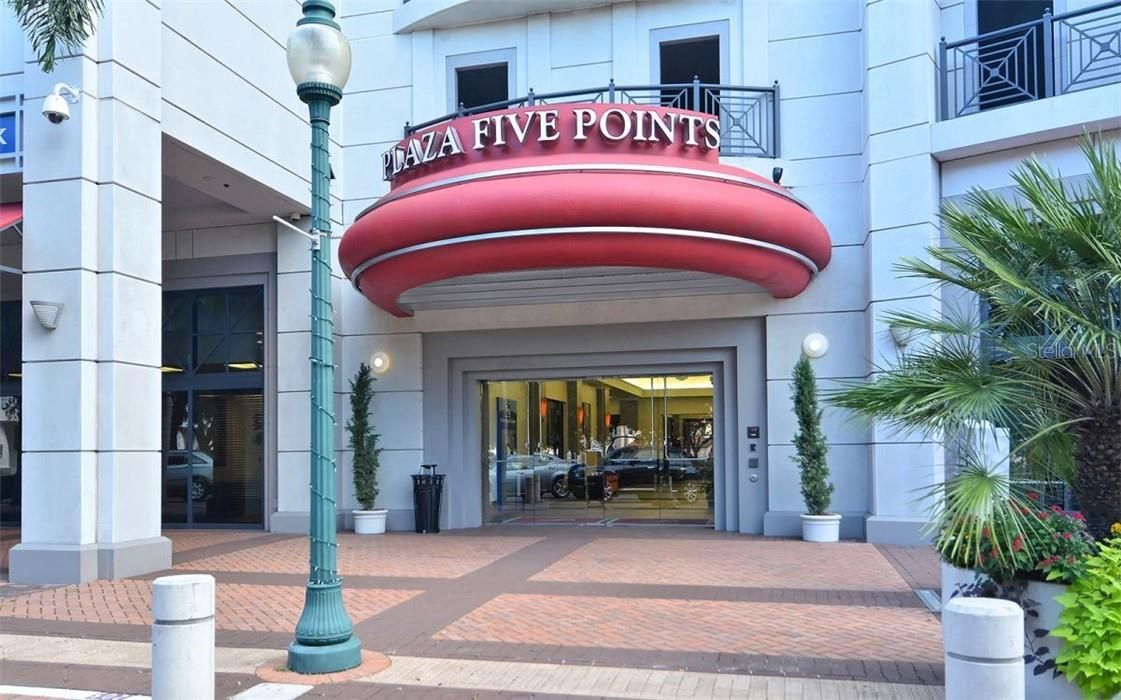 Open & Bright  Living Room - Condo for sale at 50 Central Ave #16 South, Sarasota, FL 34236 - MLS Number is A4454416