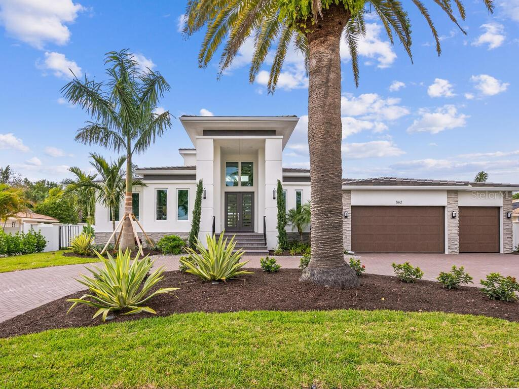 Bird Key Docs - Single Family Home for sale at 562 Bird Key Dr, Sarasota, FL 34236 - MLS Number is A4455197