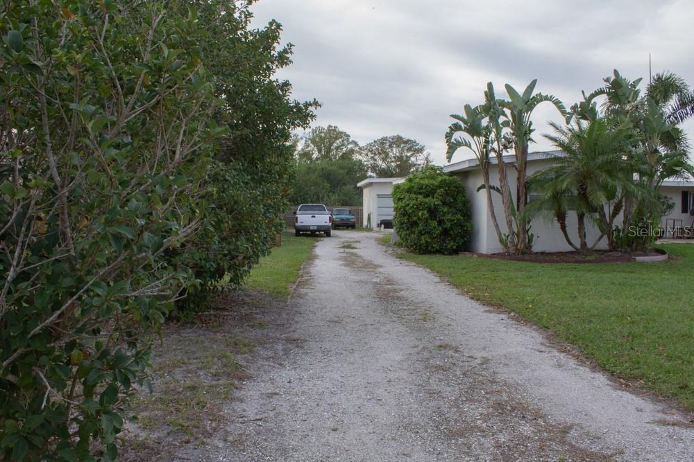 Single Family Home for sale at 4828 Greenleaf Rd, Sarasota, FL 34233 - MLS Number is A4456695