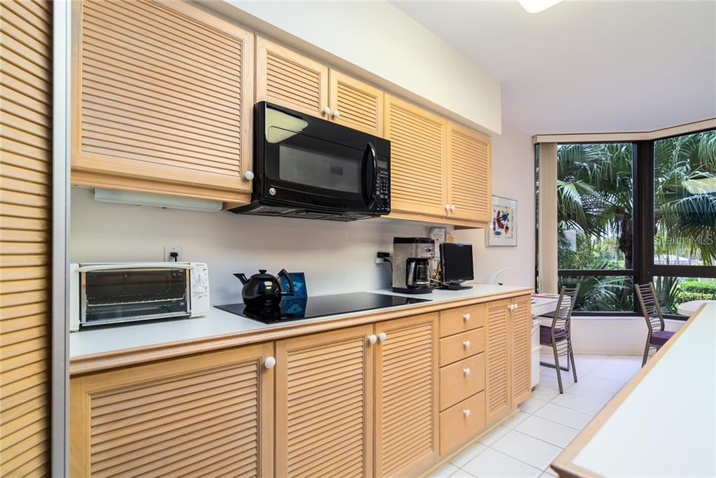 Condo for sale at 565 Sanctuary Dr #B106, Longboat Key, FL 34228 - MLS Number is A4459199