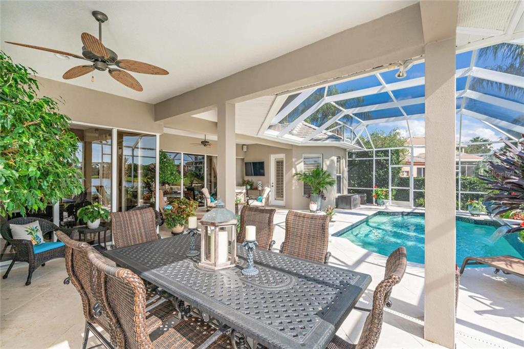 Single Family Home for sale at 9510 Old Hyde Park Pl, Bradenton, FL 34202 - MLS Number is A4459911