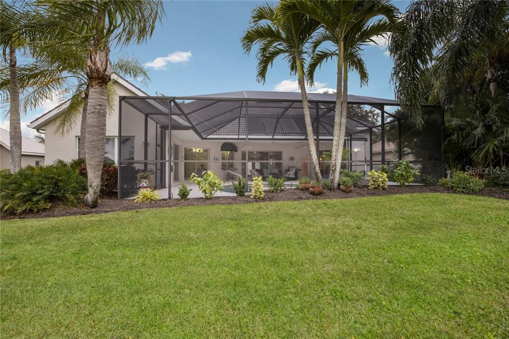 Single Family Home for sale at 408 Trenwick Ln, Venice, FL 34293 - MLS Number is A4460573