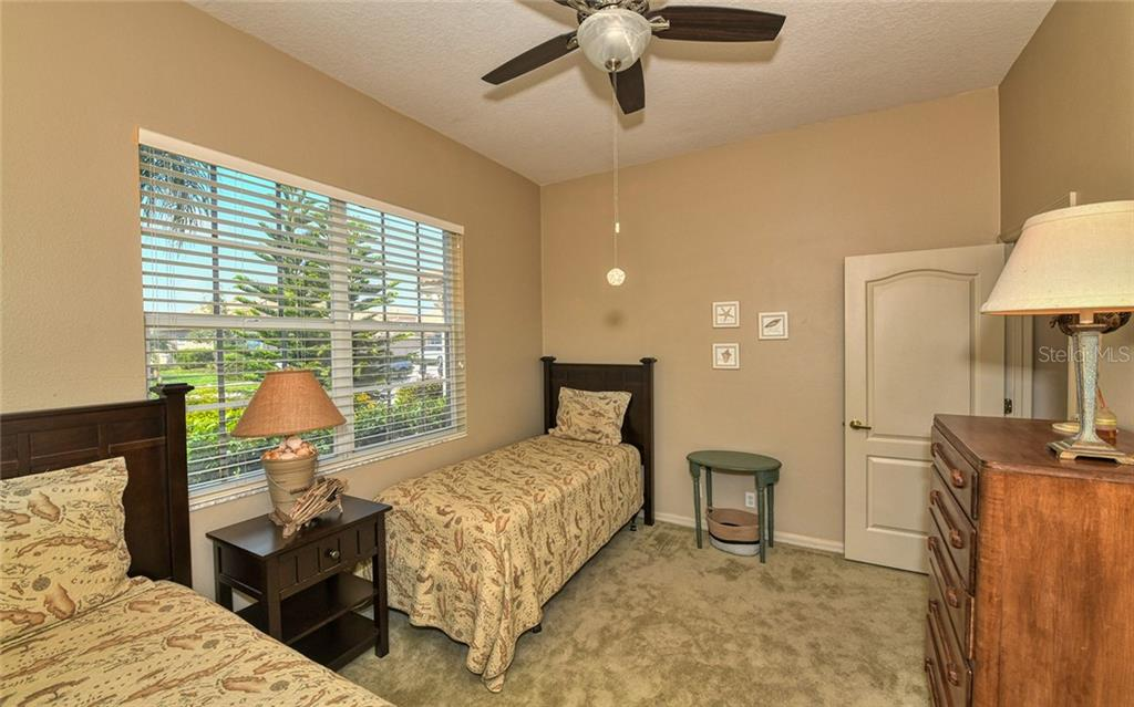 2nd bedroom-could handle queen bed on opposite wall - Villa for sale at 4605 Samoset Dr, Sarasota, FL 34241 - MLS Number is A4463082