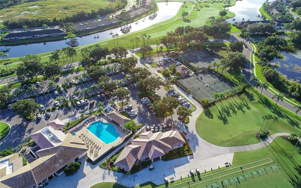 Golf, tennis, fitness, dining, swimming & lots of social activities - Villa for sale at 4605 Samoset Dr, Sarasota, FL 34241 - MLS Number is A4463082