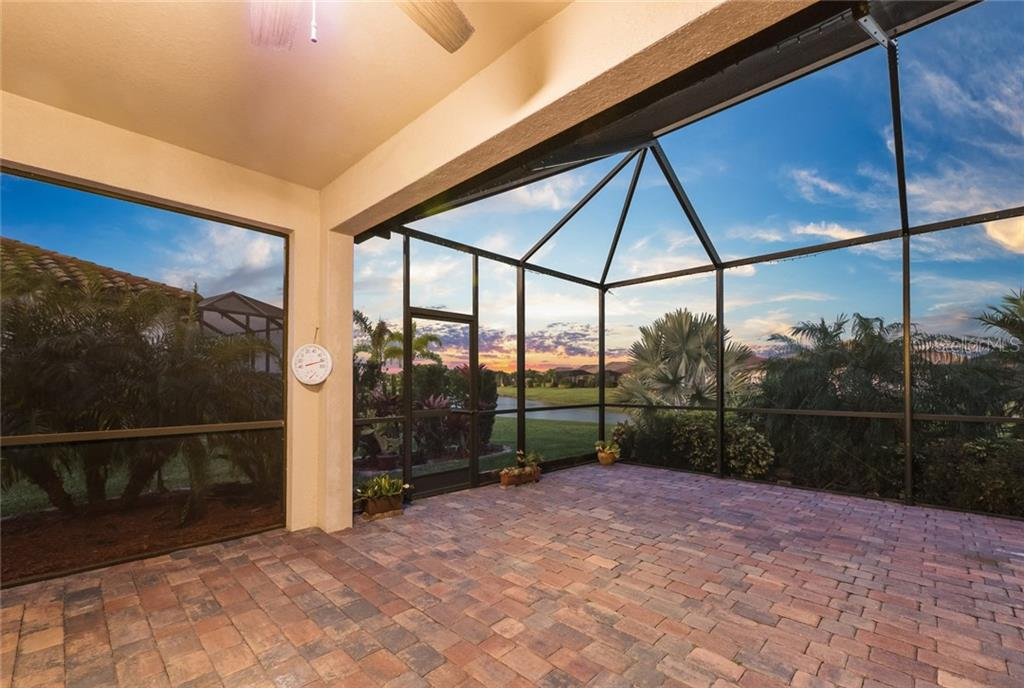 Single Family Home for sale at 211 Heritage Preserve Run, Bradenton, FL 34212 - MLS Number is A4463885
