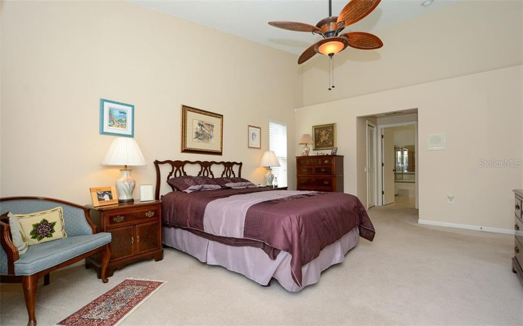Single Family Home for sale at 4737 Meadowview Blvd, Sarasota, FL 34233 - MLS Number is A4463942