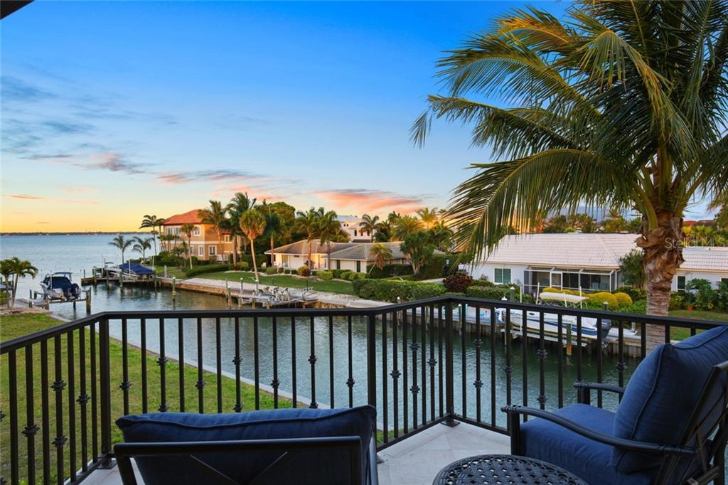 Single Family Home for sale at 580 Putting Green Ln, Longboat Key, FL 34228 - MLS Number is A4468094
