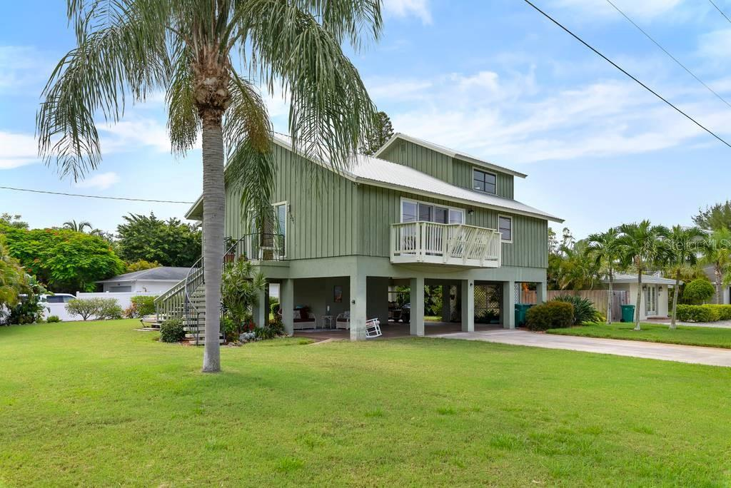 Single Family Home for sale at 301 Iris St, Anna Maria, FL 34216 - MLS Number is A4469011