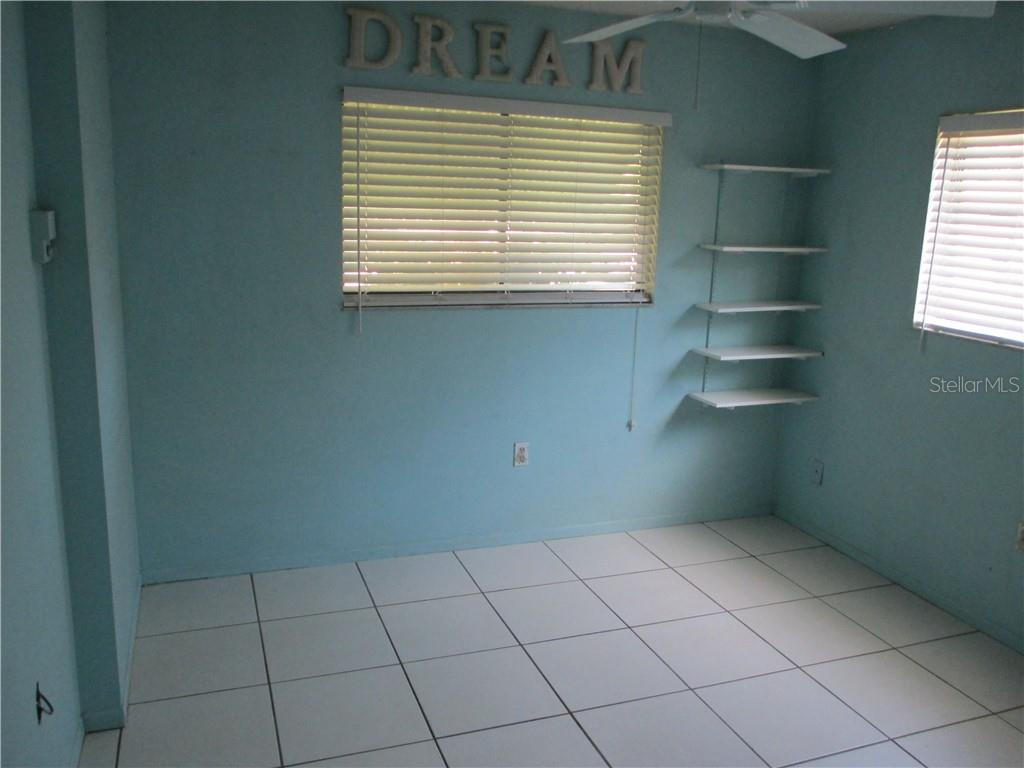 Guest bedroom #3 - Single Family Home for sale at 4915 Harris Ave, Sarasota, FL 34233 - MLS Number is A4473427