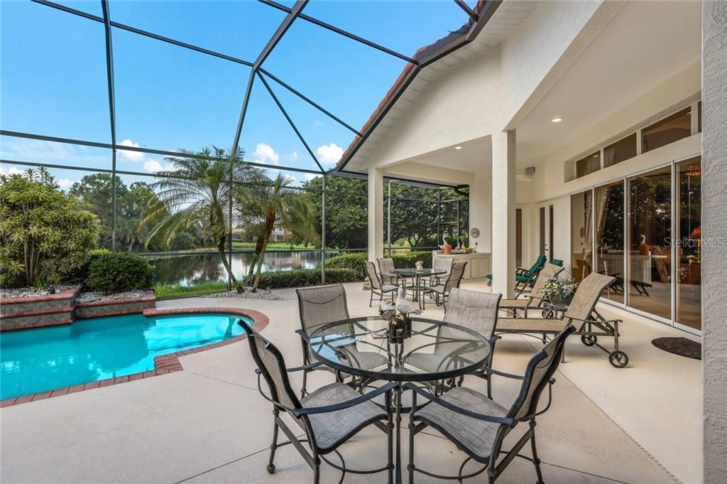 Single Family Home for sale at 8855 Bloomfield Blvd, Sarasota, FL 34238 - MLS Number is A4474570
