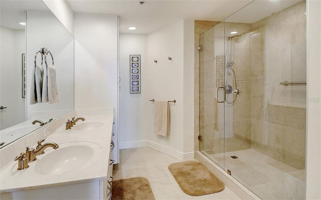 Master bath - Condo for sale at 1771 Ringling Blvd #1110, Sarasota, FL 34236 - MLS Number is A4474683