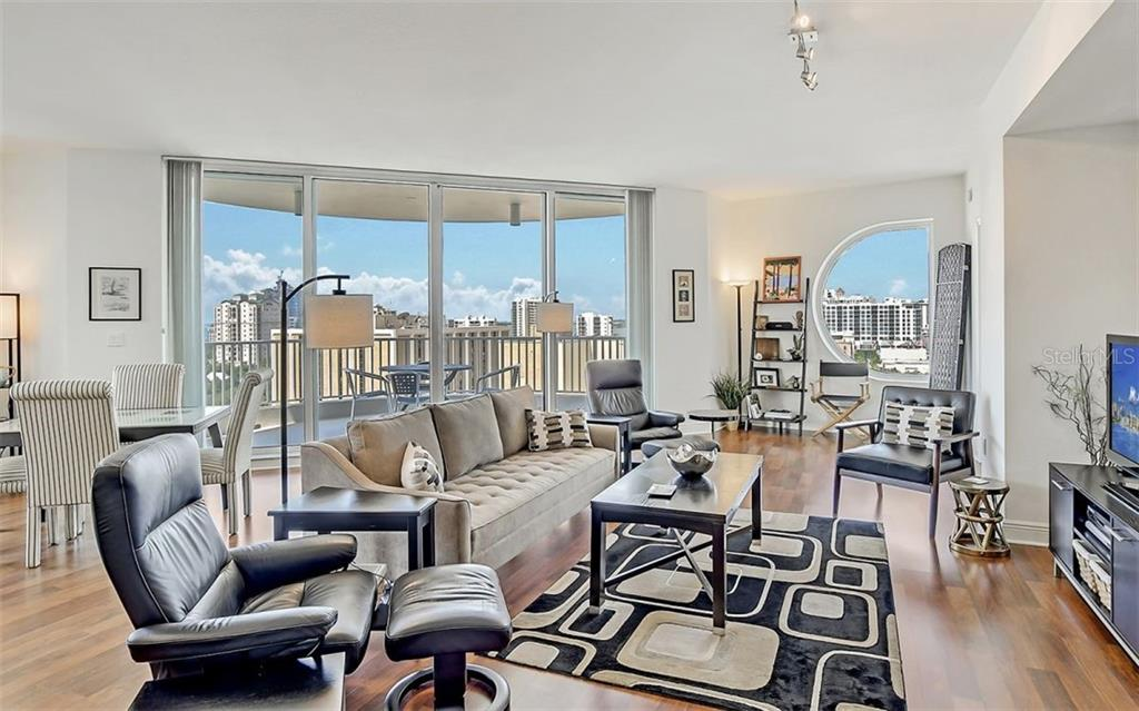 A very comfortable home in the sky - Condo for sale at 1771 Ringling Blvd #1110, Sarasota, FL 34236 - MLS Number is A4474683