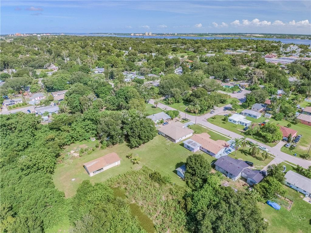 Single Family Home for sale at 2816 9th Ave E, Bradenton, FL 34208 - MLS Number is A4475468