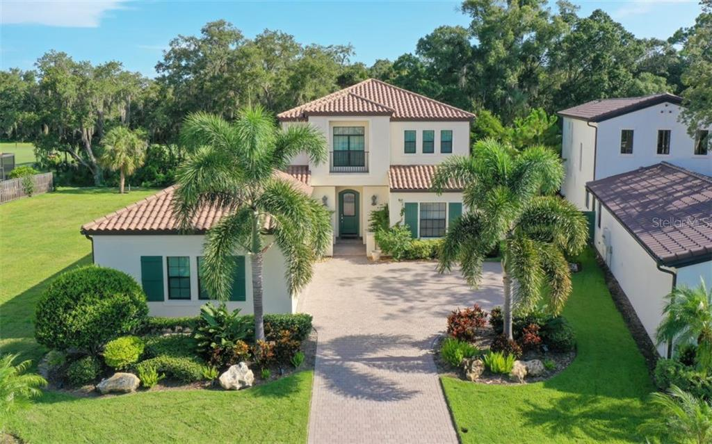 Custom built John Cannon home overlooking the 9th fairway of the Highlands Course - Single Family Home for sale at 3538 Trebor Ln, Sarasota, FL 34235 - MLS Number is A4475545