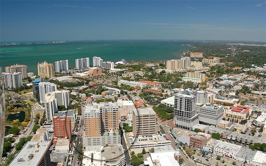 Showing the location of 1350 Main in downtown Sarasota - Condo for sale at 1350 Main St #1601, Sarasota, FL 34236 - MLS Number is A4478753