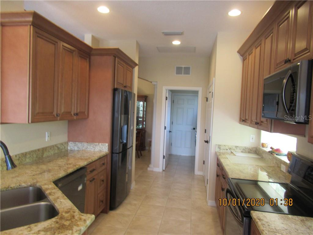 Single Family Home for sale at 1340 Thornapple Dr, Osprey, FL 34229 - MLS Number is A4479751
