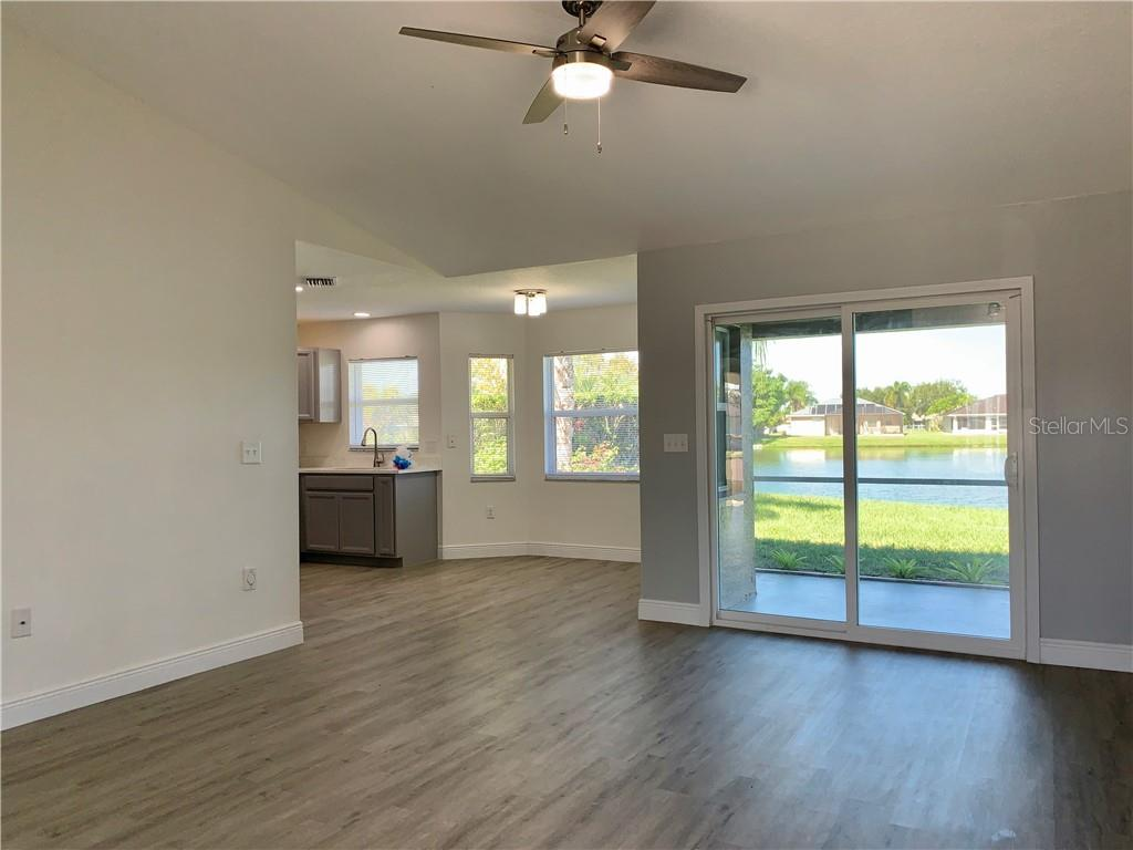 Single Family Home for sale at 6664 68th St E, Bradenton, FL 34203 - MLS Number is A4482383