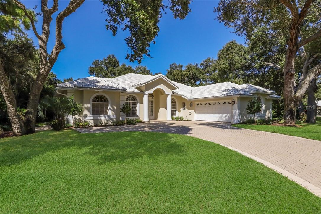 hoa - Single Family Home for sale at 8484 Woodbriar Dr, Sarasota, FL 34238 - MLS Number is A4483059