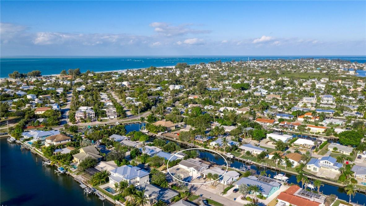 512 68th St. Holmes Beach - Single Family Home for sale at 512 68th St, Holmes Beach, FL 34217 - MLS Number is A4484565