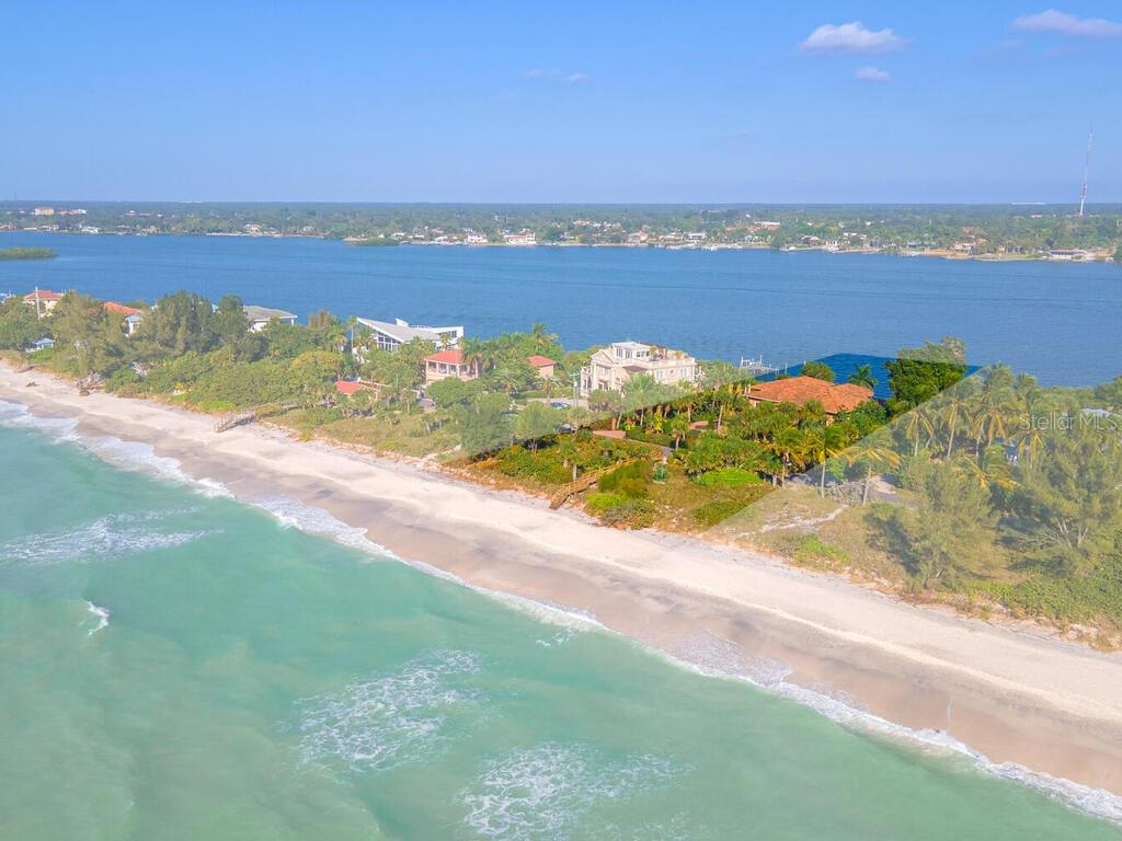 Single Family Home for sale at 1416 Casey Key Rd, Nokomis, FL 34275 - MLS Number is A4485528