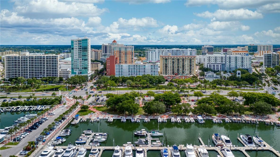 Marina Jacks Across the Street - Condo for sale at 33 S Gulfstream Ave #405, Sarasota, FL 34236 - MLS Number is A4489097