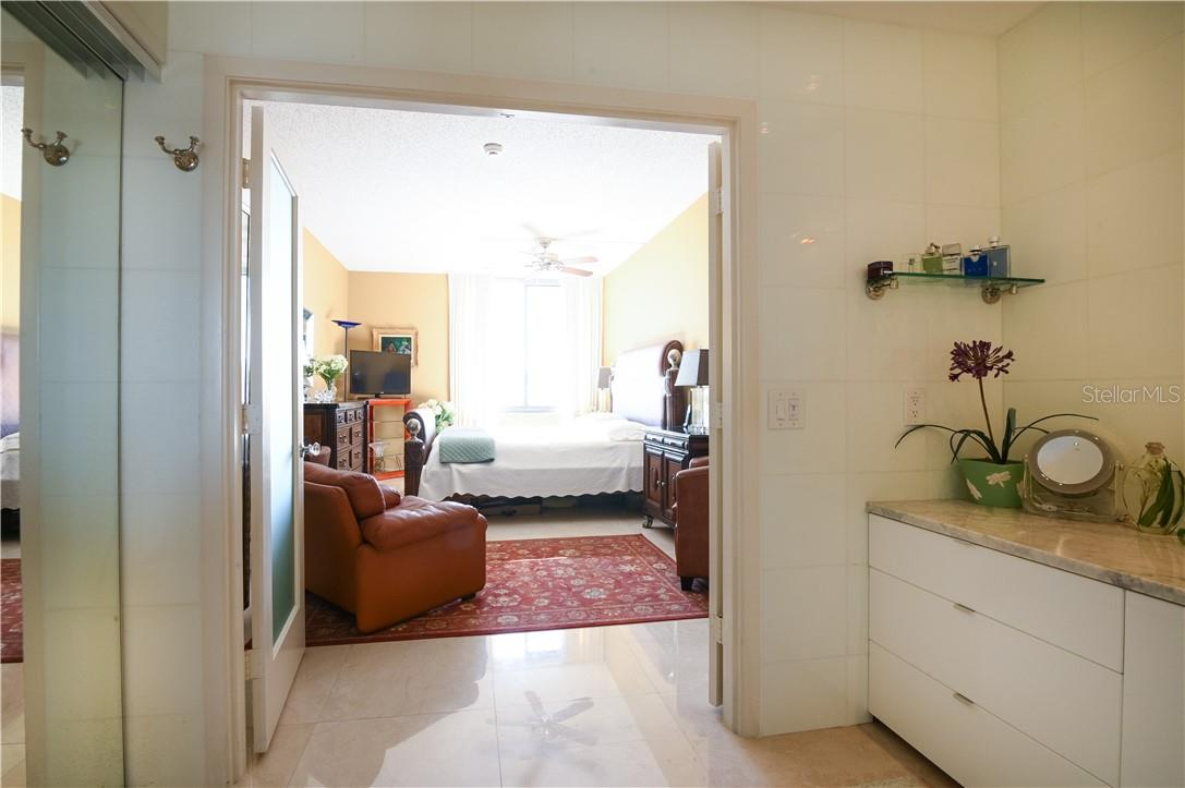 Special Custom Inside Laundry Room with Closets, Marble Counter-Top and Tiled Walls - Condo for sale at 1945 Gulf Of Mexico Dr #M2-505, Longboat Key, FL 34228 - MLS Number is A4489188