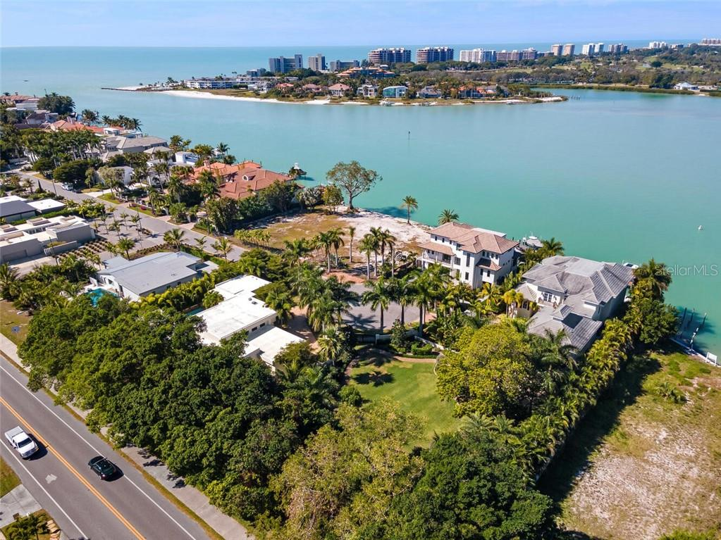 Single Family Home for sale at 1435 Westway Dr, Sarasota, FL 34236 - MLS Number is A4489845