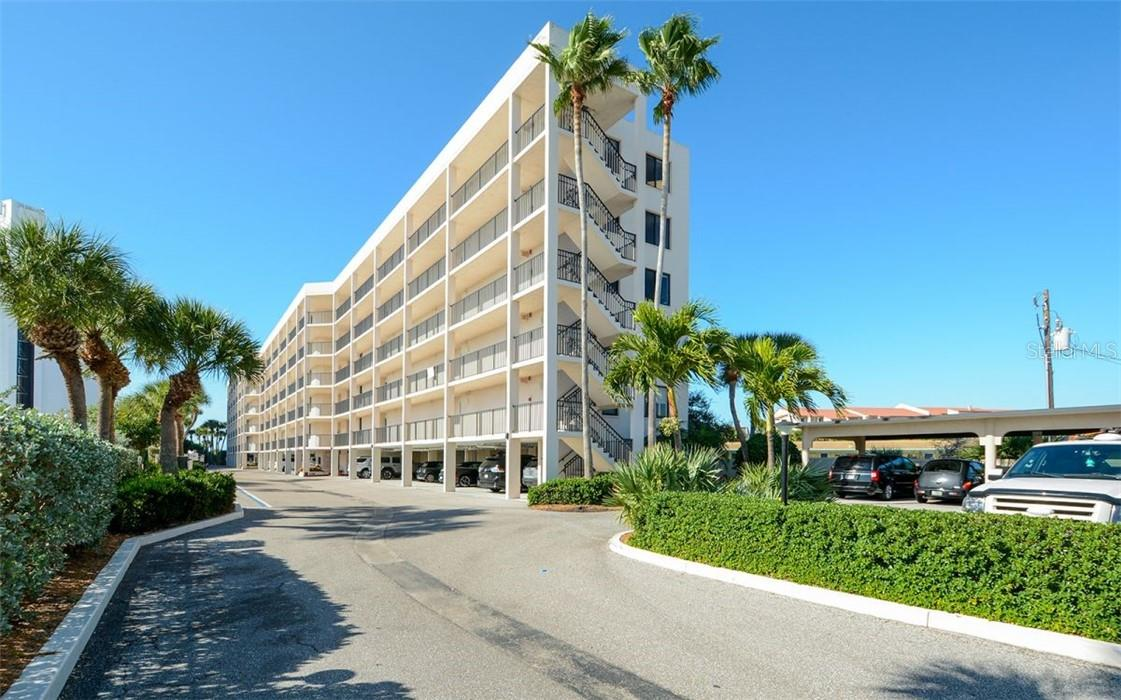 Inventory List - Condo for sale at 6268 Midnight Pass Rd #105, Sarasota, FL 34242 - MLS Number is A4498161