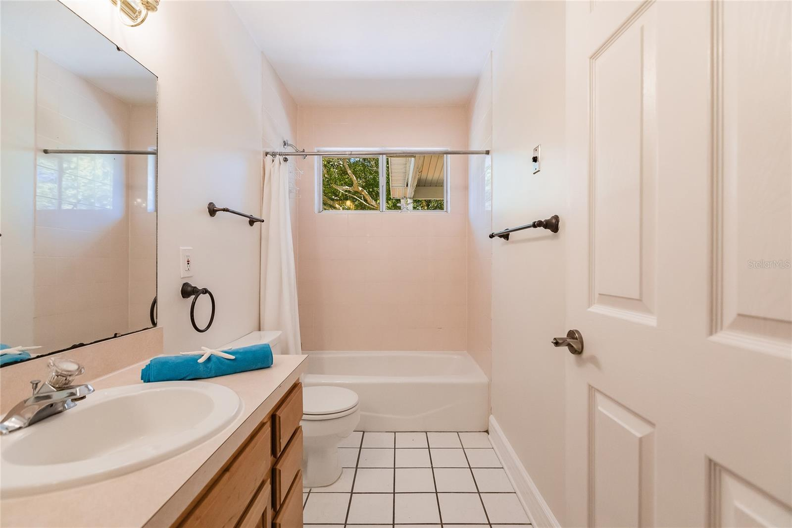 Second Bathroom - Single Family Home for sale at 7811 27th Ave W, Bradenton, FL 34209 - MLS Number is A4499385
