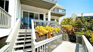 5610 Gulf Dr #2, Holmes Beach, FL 34217