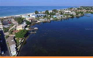 120 9th St N #1, Bradenton Beach, FL 34217