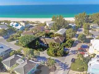 4906 4th Ave, Holmes Beach, FL 34217