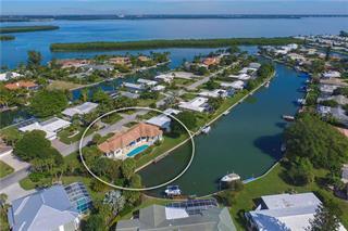 610 Emerald Harbor Dr, Longboat Key, FL 34228