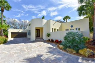 331 N Washington Dr, Sarasota, FL 34236