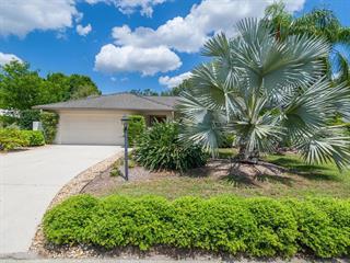 6956 Country Lakes Cir, Sarasota, FL 34243