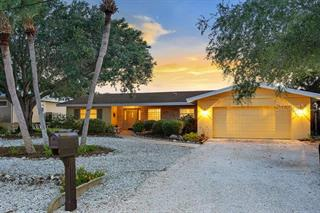 5026 Sandy Cove Ave, Sarasota, FL 34242