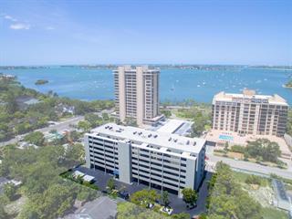 755 S Palm Ave #301, Sarasota, FL 34236
