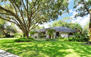 7610 Weeping Willow Cir, Sarasota, FL 34241