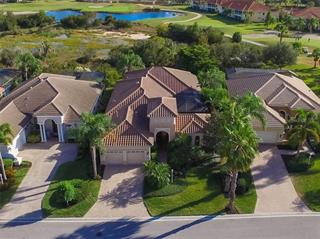 7052 Whitemarsh Cir, Lakewood Ranch, FL 34202
