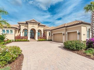 3627 Founders Club Dr, Sarasota, FL 34240