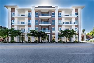 635 S Orange Ave #205, Sarasota, FL 34236