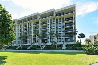 1075 Gulf Of Mexico Dr #305, Longboat Key, FL 34228