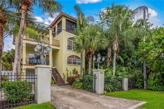 4003 4th Ave, Holmes Beach, FL 34217